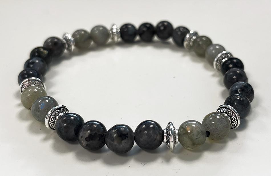 Bracelet Labradorite, Larvikite & Charms A perles 6mm