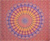 Tenture mandala bordeaux, bleu clair, orange, & jaune