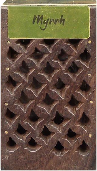 Wooden box with 5g of myrrh fragrant