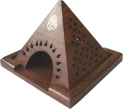 Porte encens cones en bois pyramide ganesh 13cm